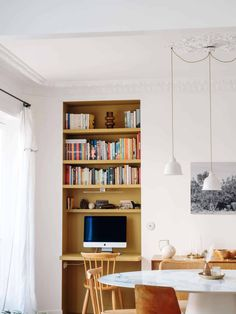 Study Desk, Home Living Room, Wonderland, Bookcase, Dining Room, Shelves, Home Decor, Parisian Apartment, Dinner Room