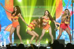 Sistar (씨스타) - Touch My Body