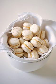 Eggnog Custard Macaron