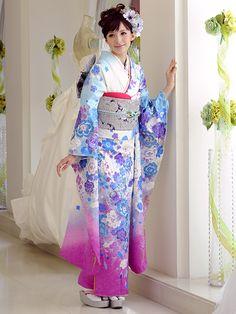 http://kimono.katsura-yumi.co.jp/item/images/lovelyrose.jpg