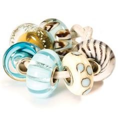 Love these glass trollbeads!