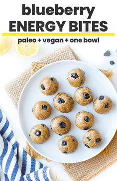 Could You Eat Pizza With Sort Two Diabetic Issues? One Bowl, Easy To Make Blueberry Paleo Energy Balls - Made With A Blend Of Nuts And Seeds For Just The Right Amount Of Crunch And Studded With Sweet And Chewy Dried Blueberries Gluten Free Recipes For Breakfast, Gluten Free Snacks, Dairy Free Recipes, Real Food Recipes, Healthy Snacks, Vegetarian Recipes, Snack Recipes, Dessert Recipes, Fodmap Recipes