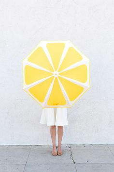 Роспись зонтов акриловыми красками