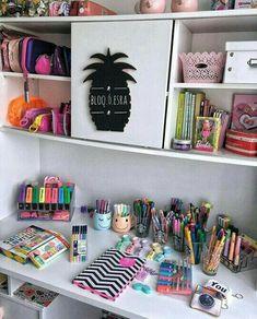 Diy desk organization for teens girl rooms office ideas 51 Ideas Study Room Decor, Cute Room Decor, Room Decor Bedroom, Cozy Bedroom, Décor Room, Space Crafts, Dream Rooms, Room Organization, Room Inspiration