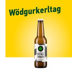 Der wödklasse G'spritzte unter den Bieren: Berliner Weisse mit Gurke. Ab jetzt erhältlich im Ottakringer Shop und im Brauwerk Wien #Weltgurkentag Corona Beer, Beer Bottle, Drinks, Brewery, Beer, Drinking, Beverages, Beer Bottles, Drink
