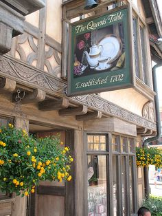 The Queen's Table Tea Shop