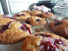Reform életmód: Meggyes muffin Paleo Dessert, Paleo Food, Muffin, French Toast, Breakfast, Recipes, Fitt, Morning Coffee, Muffins