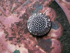 vintage antique button pendant necklace by Suddendeersighting, $20.00