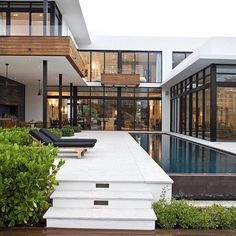 Franco Residence by KZ Architecture in Architecture & Interior design #papodearquiteto #architalk #archhunter #architecture #design #architecture #luxuryhomes #luxury #concept #modern #modernhouse #mansion #mansions #luxuryhouse #luxuryhome #luxury #residence #bigresidence #bigmansion #housedesign #homedesign #mansiondesign