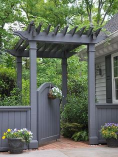 Gate Inspiration for My Side Yard - Home Decor A mini-pergola and arched gate make for a grand entrance to this home's backyard.A mini-pergola and arched gate make for a grand entrance to this home's backyard. Pergola Garden, Backyard Landscaping, Pergola Kits, Pergola Ideas, Landscaping Ideas, Pergola Roof, Backyard Gates, Wisteria Pergola, Arbor Ideas