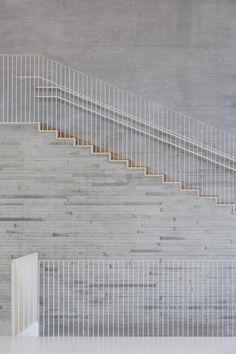 Concrete, timber, fine steel balustrade - Saunalahti School, VERSTAS Architects © Andreas Meichsner, Espoo Finland