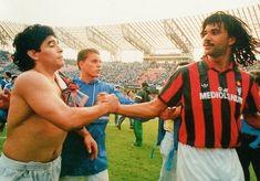 Diego y Rudd Gullit Steven Gerrard, Premier League, Ruud Gullit, Diego Armando, My Dream Team, Antoine Griezmann, Ac Milan, Football Jerseys, Champions League