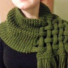 Chic et élégant grand snood cache col ,écharpe en tricot fait mains pour  femme , aa60278bfda