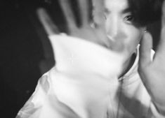 Bts Hair Colors, Cancer Rising, Grunge, Sweet Night, Black And White Wallpaper, Jungkook Aesthetic, Music Wallpaper, Anatomy Art, Jeon Jeongguk