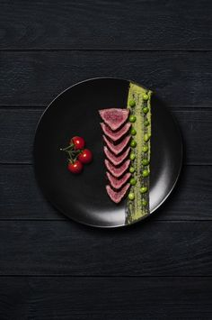 Food with Nico by Eve Haudeville, via Behance  #plating #presentation