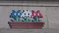 Paris--France--PA-135313eme-30pts Space Invaders, Mosaic Art, Paris France, Pixel Art, Fire, Board, Planks, Mosaics