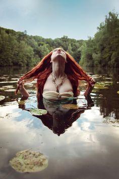De dochter van de Toragh | Tisa Pescar | Dromen en Demonen - Luitingh Fantasy www.tisapescar.com  #ruchia #fantasy #epic #episch #youngadult #lesbian #book #reading