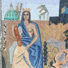 """Mi piace"": 41, commenti: 1 - Caroline Nikolaisen (@villagronkulla) su Instagram: ""Jesus with boobs @tiiliaberg #italy #alessandria #streetart #urban #femalejesus…"""