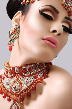 Bridal Makeup Different Cultures : 1000+ images about Maharani Dreams: Indian Bridal Hair ...