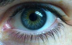 blue with green heterochromia Light Blue Eyes, Blue Green Eyes, Beautiful Blue Eyes, Pretty Eyes, Blue Hazel Eyes, Heterochromia Eyes, Blue Eyed Men, Aesthetic Eyes, Male Eyes