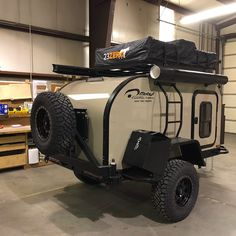 Camping trailer off road 25 Ideas Off Road Camping, Jeep Camping, Motorcycle Camping, Family Camping, Solar Camping, Camping Jokes, Camping Cabins, Camping Gadgets, Camping Spots