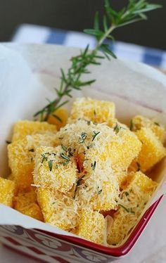 "JAMIE OLIVER'S ROSEMARY POLENTA CRISPS ~~~ this recipe is shared from the book, ""jamie's italy"" [Jamie Oliver] [hungry-kittens]"