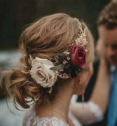 33 Romantic Wedding Hair Updo with Half Halo of Roses - VIs-Wed