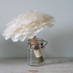 Glamelia bouquet - so cute and simple but fab!