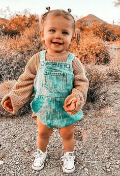 Cute Toddlers, Cute Kids, Cute Babies, Western Baby Clothes, Cute Baby Clothes, Western Babies, Cute Little Girls Outfits, Toddler Outfits, Stylish Baby Girls