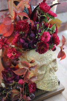 Craftberry Bush | Foam Skull Floral Centerpiece DIY | http://www.craftberrybush.com