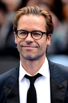 Guy Pearce at event of Prometheus