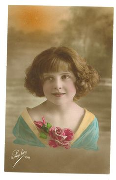 Beautiful hand tinted postcard - Vintage French Little Girl