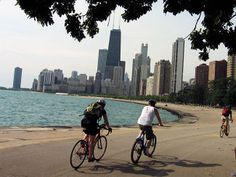 #discoversummer - Bike Lakeshore Drive chicago