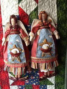 ANJO DA NATIVIDADE -  por Cris Lind by Cris Lind Ateliê, via Flickr Crochet Angels, Primitive Folk Art, Christmas Decorations, Christmas Ornaments, Soft Dolls, Diy Doll, Cute Dolls, Fabric Dolls, Doll Patterns