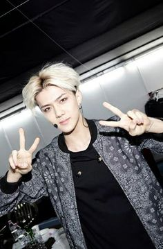 "Sehun ♡ #EXO // SMTOWN WEEK Backstage ""Christmas Wonderland"""