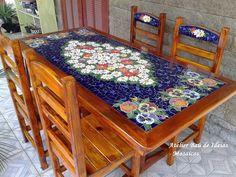 Tirado da internet! Trabalho precioso! Mosaic Pots, Mirror Mosaic, Mosaic Diy, Mosaic Crafts, Mosaic Projects, Mosaic Glass, Mosaic Tiles, Mosaics, Mosaic Garden