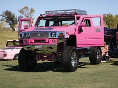 pink truck = I WANT ONE