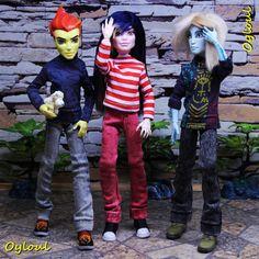 Monster High Bloodgood Lady Gaga OOAK Repaint Custom by