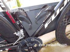 Bike with Full carbon YOELEO bottle cages