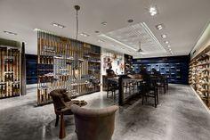 Showroom Skechers TR / Zemberek Design