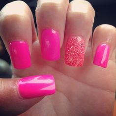 Nails / Pink Nails