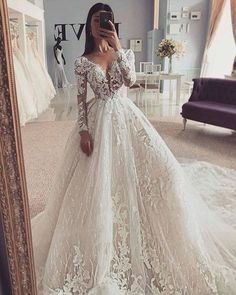 Top Wedding Dresses, Cute Wedding Dress, Wedding Dress Trends, Wedding Dress Sleeves, Princess Wedding Dresses, Bridal Dresses, Bridesmaid Dresses, Ballgown Wedding Dress, Wedding Ideas