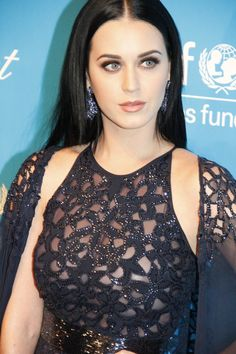 Katheryn Elizabeth Hudson (born October 25, 1984), known by her stage name Katy Perry, is an American singer, songwriter and actress. Description from fameimages.com. I searched for this on bing.com/images