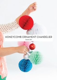 25 DIY HOLIDAY DECOR PROJECTS – Honeycomb Ornament Chandelier