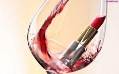 Czerwień ust? Kieliszek czerwonego wina? Why not?