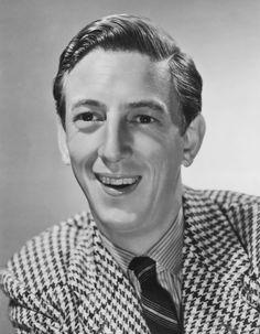 Publicity still of American actor Ray Bolger, circa 1939.