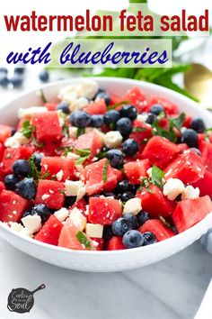 This refreshing watermelon feta salad with blueberries is the perfect side salad for a fun summer cookout. It takes only 20 minutes to make! Feta Salad, Salad Bar, Soup And Salad, Kale Soup, Side Salad, Watermelon Blueberry Salad, Grilled Vegetable Sandwich, Honey Lime Vinaigrette, Homemade Burgers