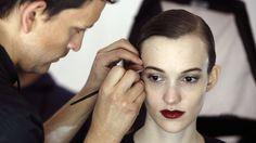 Se 9 nemme makeup-tips, du ville ønske du kendte   GO'