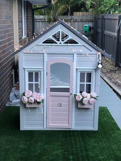8 Excellent Pallet Garden Ideas For Your Backyard Backyard Playhouse, Build A Playhouse, Backyard Playground, Backyard For Kids, Diy For Kids, Playhouse Ideas, Kids Cubby Houses, Kids Cubbies, Play Houses
