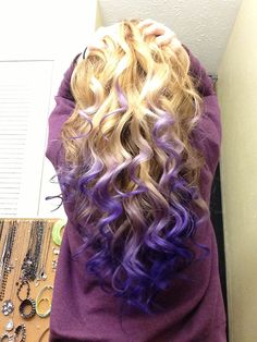 violet to pink ombre blonde hair - Wish I could do this with my hair, but it would be frowned upon in the work place.